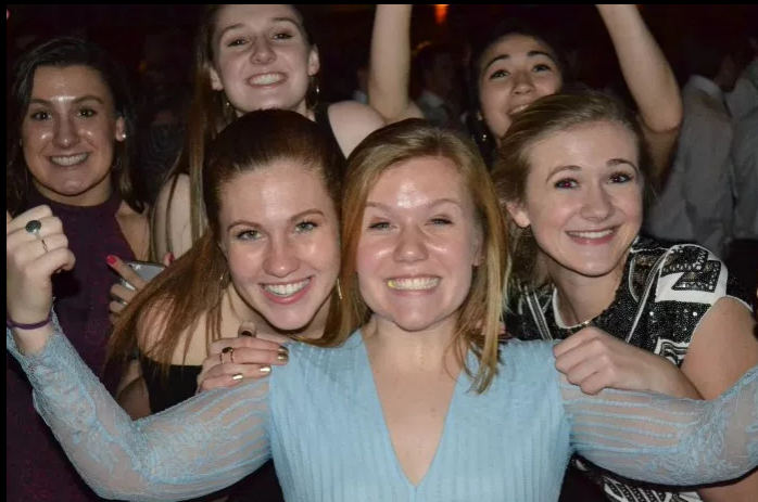 Students+tear+it+up+at+turnabout