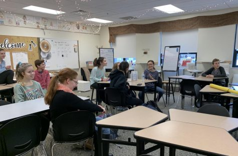 Helpfulness training: Hope Squad members gather in room 125 during fifth period to be trained by guidance counselor Paige Lumpkins on how to interact with students and be helpful.